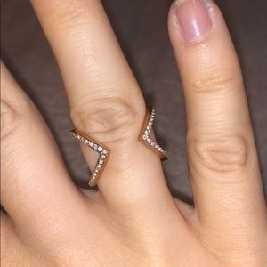 Michael Kors rose gold ring sz6 (stretches to 7)